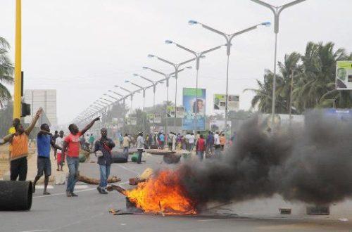Article : Lomé : le Collectif Sauvons le Togo entame le premier de ses trois jours de march